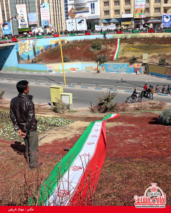 راهپیمایی ۲۲ بهمن ۹۴ رفسنجان -خانه خشتی (۳۷)