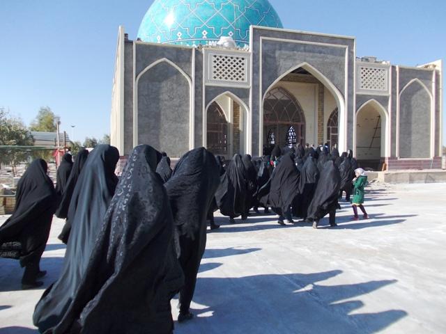 همایش پیاده روی بانوان در بهرمان برگزار شد + عکس