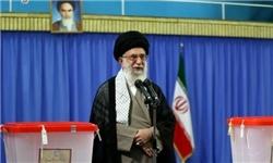 رهبر معظم انقلاب اسلامی رأی خود را به صندوق انداختند