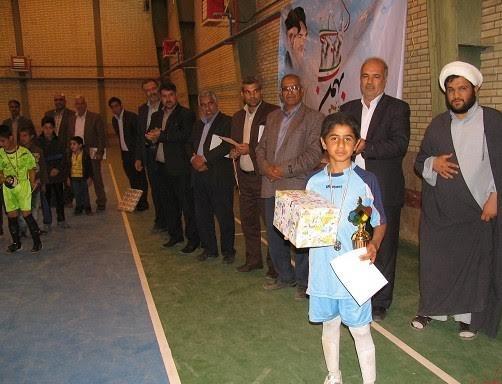 اختتامیه فوتسال مدارس ابتدایی منطقه نوق برگزار شد / عکس