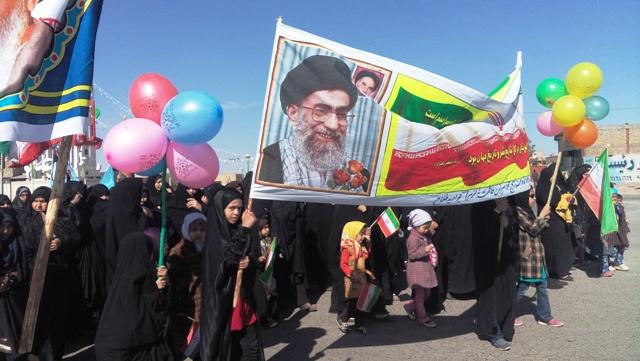 تصاویر/ راهپیمایی مردم جوادیه فلاح در جشن پیروزی ۲۲ بهمن