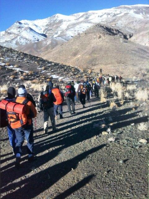 صعود مشترک گروه های کوهنوردی رفسنجان به قله برفدان راویز + عکس