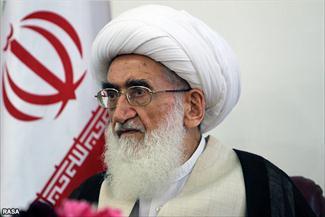 ملت با تبعیت از رهبری حماسه می آفریند/ موج بیداری اسلامی با پشتوانه علمی حوزهها ادامه پیدا میکند