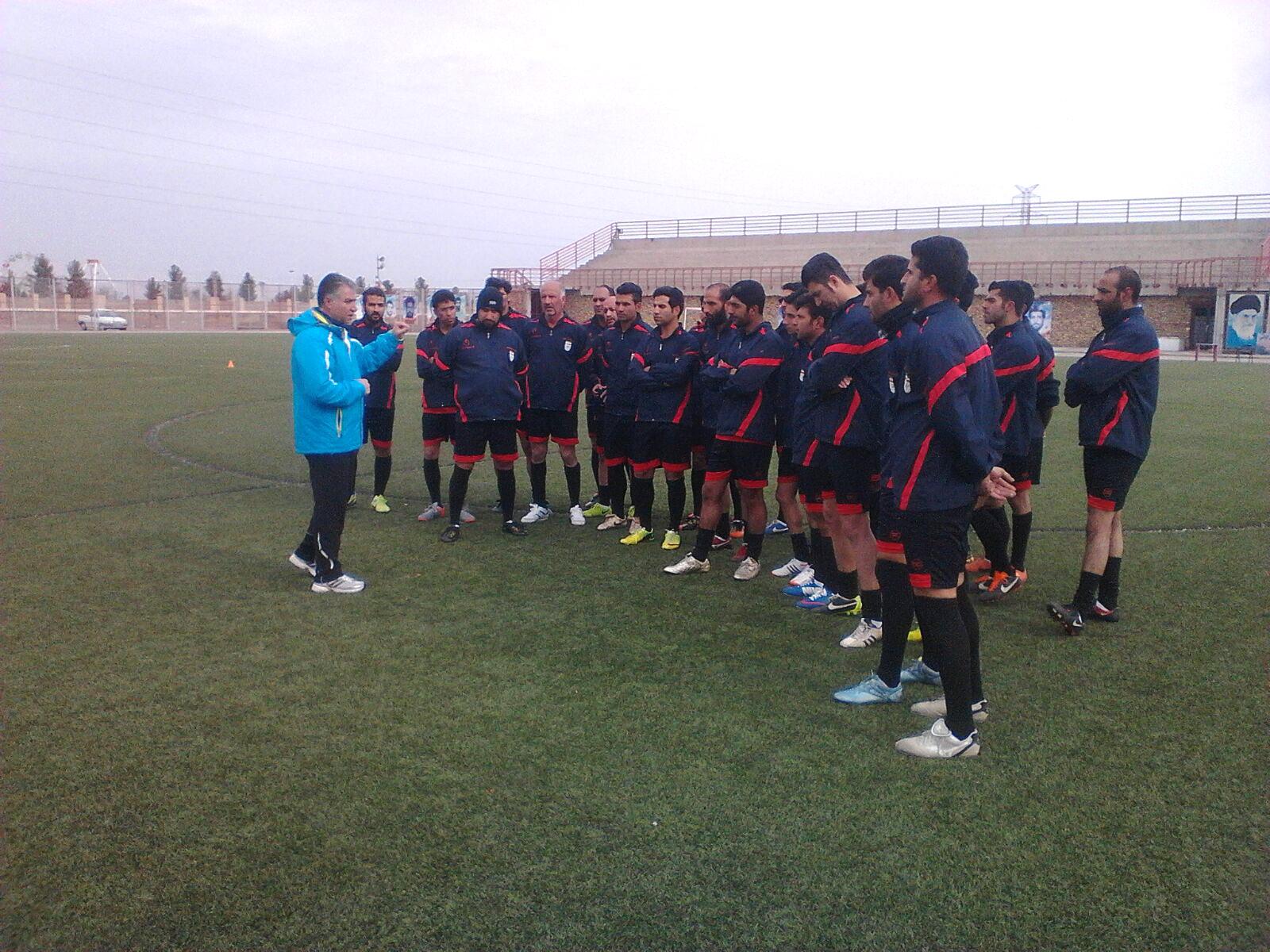 دوره مربیگری فوتبال در رفسنجان در حال برگزاری است