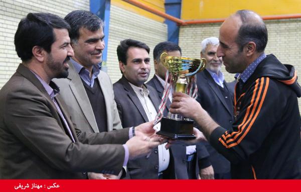 از برترین های مسابقات ورزشی کارگران رفسنجان تجلیل شد + عکس