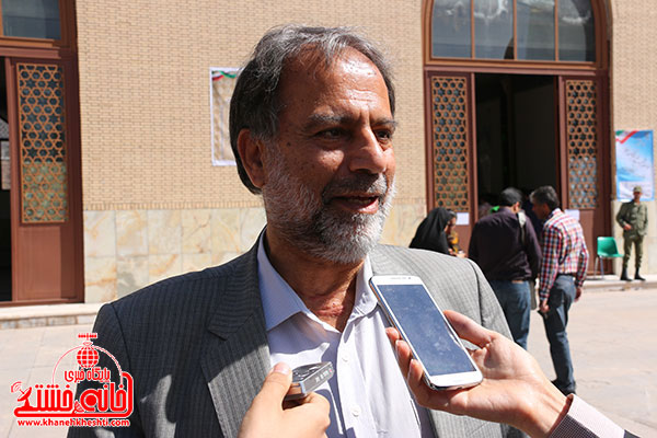 رئیس شورای شهر: هر  رای مشت محکمی بر دهان آمریکا و اسرائیل است