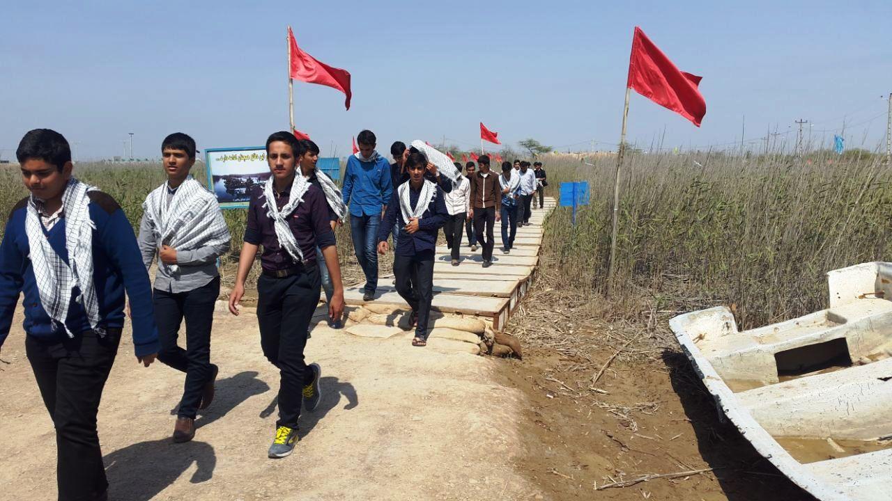 ۹۰ دانش آموز رفسنجانی به اردوی زیارتی «از خاک تا افلاک» اعزام شدند + عکس