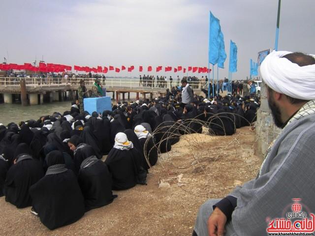 بازدید دانشجویان دختر بسیجی از مناطق عملیاتی جنوب_خانه خشتی_رفسنجان_ بهناز شریفی (۱۰)