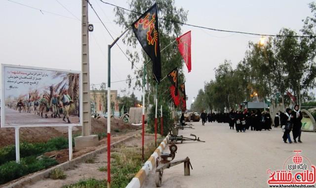 بازدید دانشجویان دختر بسیجی از مناطق عملیاتی جنوب_خانه خشتی_رفسنجان_ بهناز شریفی (۲۰)