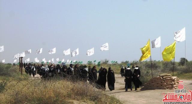 بازدید دانشجویان دختر بسیجی از مناطق عملیاتی جنوب_خانه خشتی_رفسنجان_ بهناز شریفی (۲۸)