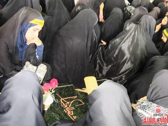 بازدید دانشجویان دختر بسیجی از مناطق عملیاتی جنوب_خانه خشتی_رفسنجان_ بهناز شریفی (۳۵)