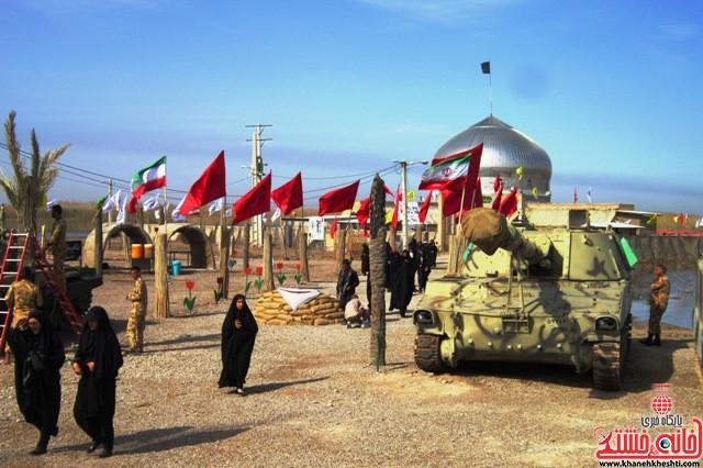 بازدید دانشجویان دختر بسیجی از مناطق عملیاتی جنوب_خانه خشتی_رفسنجان_ بهناز شریفی (۳۸)