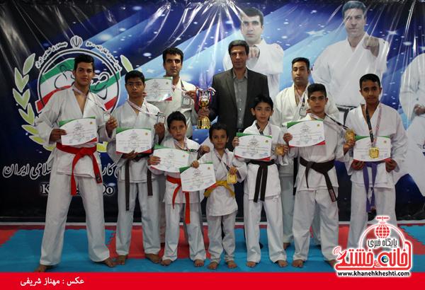 نایب قهرمانی کاراته رفسنجان در مسابقات قهرمانی کشور جام اتحاد هرمزگان-خانه خشتی