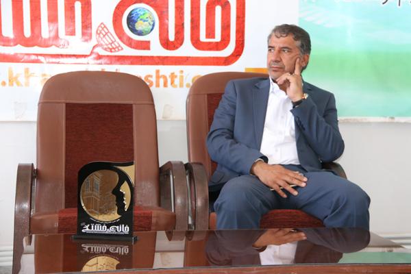 حضور نماینده منتخب مردم رفسنجان و انار در دفتر پایگاه اطلاع رسانی خانه خشتی / عکس