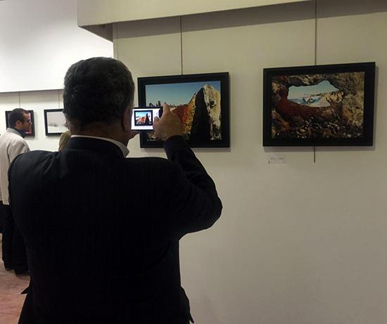 نمایشگاه آثار عکاسی مهندس لنگری زاده در رفسنجان برپا شد