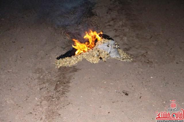مقابله با سرمازدگی درختان پسته_رفسنجان_خانه خشتی (۳)