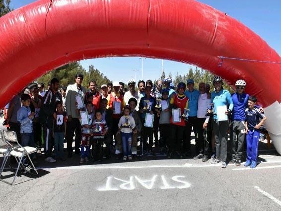 برگزاری مسابقه دوچرخه سواری در رفسنجان / اسامی نفرات برتر