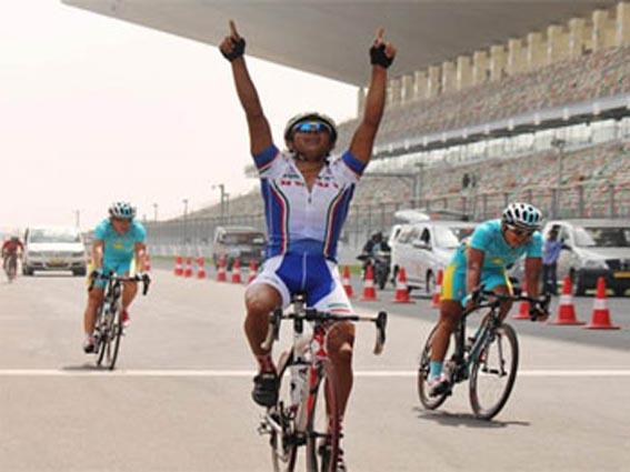 دعوت دوچرخه سوار رفسنجانی به اردوی تدارکاتی المپیک
