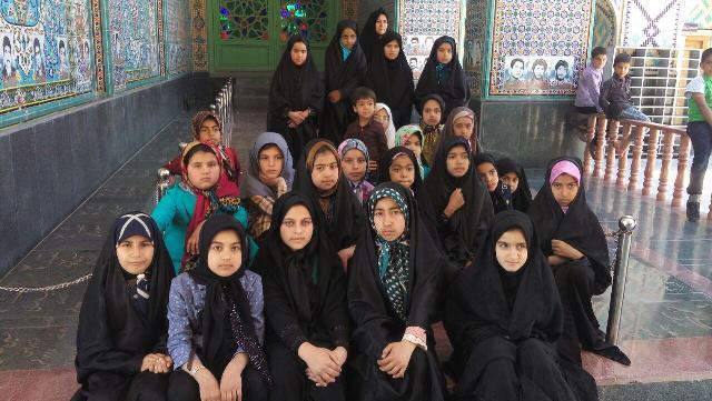 برگزاری اردوی یکروزه حلقه صالحین پایگاه بسیج فاطمه الزهرا نوق / عکس
