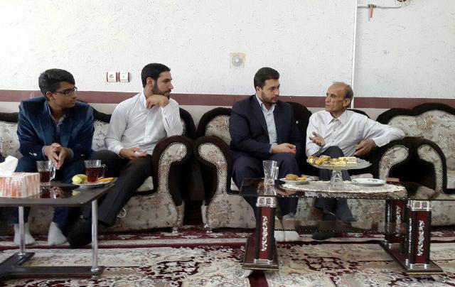 تصاویر دیدار اعضای اتحادیه انجمن های اسلامی دانش آموزان رفسنجان با جانبازان