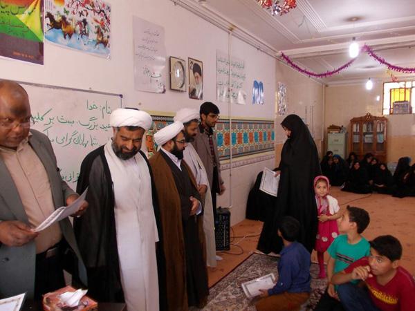 تجلیل از معلمین همت آباد نوق / تصاویر