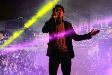 خواننده جوان رفسنجانی با مولکول به روی صحنه می رود