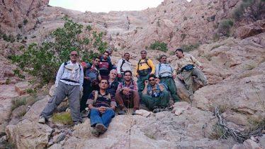 اولین صعود به غار مومیایی دره در توسط کوهنوردان گروه نسیم صبح / عکس