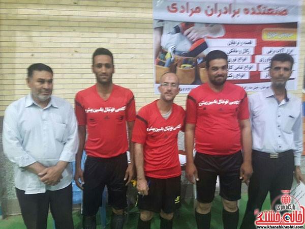 آغاز مسابقات فوتسال جام رمضان در شهر بهرمان (۴)