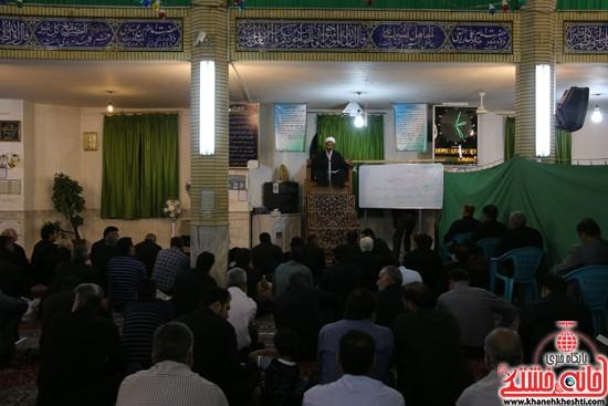 مراسم احیای شب 21ماه مبارک رمضان با حضور مردم مومن و خداجوی دربیت العباسشهرستان رفسنجان