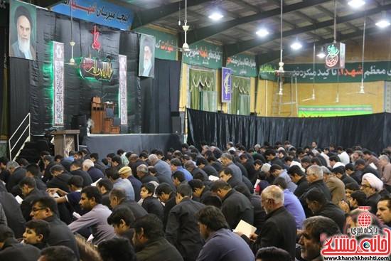 مراسم احیای شب 21ماه مبارک رمضان با حضور مردم مومن و خداجوی در حسینیه ثارالله شهرستان رفسنجان