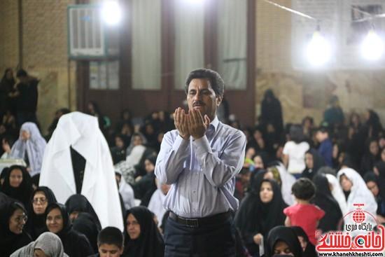 مراسم احیای شب 21ماه مبارک رمضان با حضور مردم مومن و خداجوی درمسجد جامعشهرستان رفسنجان