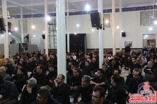 مراسم احیای شب 21ماه مبارک رمضان با حضور مردم مومن و خداجوی درمسجد امام خمینی (ره)شهرستان رفسنجان