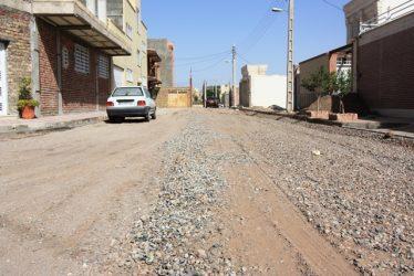پایان عملیات زیرسازی بیش از ۳ هزار متر مکعب از کوچه های سطح شهر