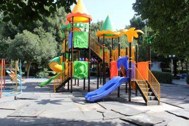تعویض و نصب وسایل بازی پارک بانوان رفسنجان