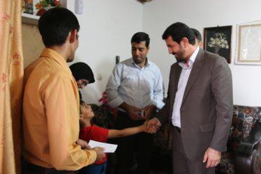 فرماندار با مددجویان کمیته امداد امام(ره) دیدار کرد / تصاویر