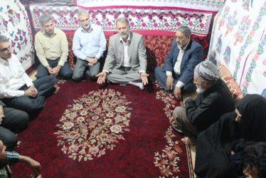دیدار شهردار و اعضای شورای اسلامی شهر رفسنجان با خانواده شهید مدافع حرم + عکس