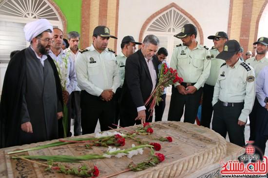 غبارروبی مزار شهدا و امام جمعه فقید مرحوم هاشمیان