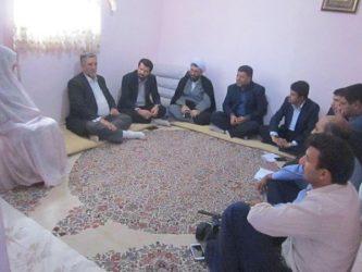 مسئولین رفسنجان به دیدار خانواده شهیدان رحمانی و زینلی رفتند