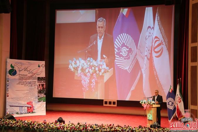 چهارمین کنگره ملی هیدروپونیک و تولیدات گلخانه ای در دانشگاه ولیعصر(عج) رفسنجان (۱۲)