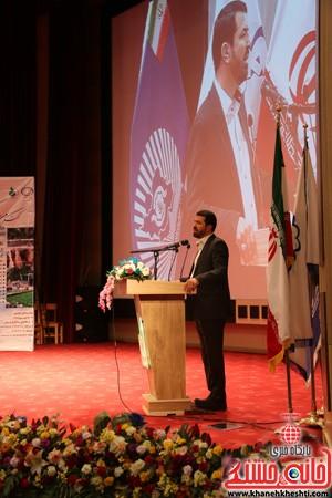 چهارمین کنگره ملی هیدروپونیک و تولیدات گلخانه ای در دانشگاه ولیعصر(عج) رفسنجان (۱۴)