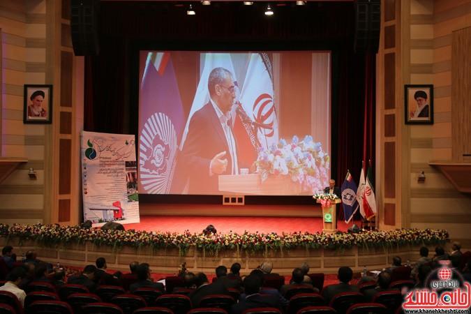 چهارمین کنگره ملی هیدروپونیک و تولیدات گلخانه ای در دانشگاه ولیعصر(عج) رفسنجان (۱۵)