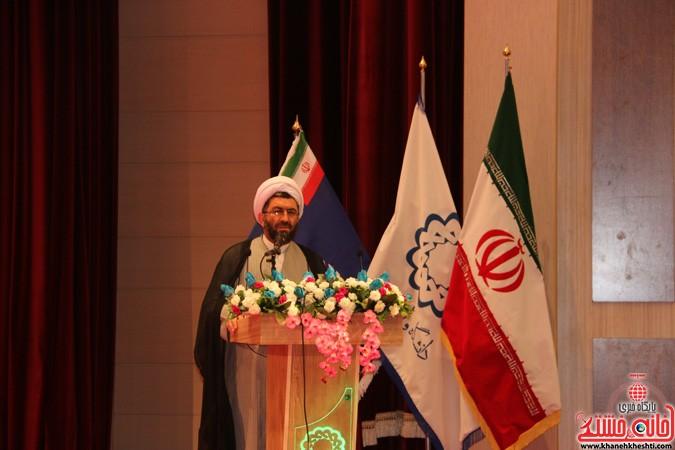 چهارمین کنگره ملی هیدروپونیک و تولیدات گلخانه ای در دانشگاه ولیعصر(عج) رفسنجان (۷)