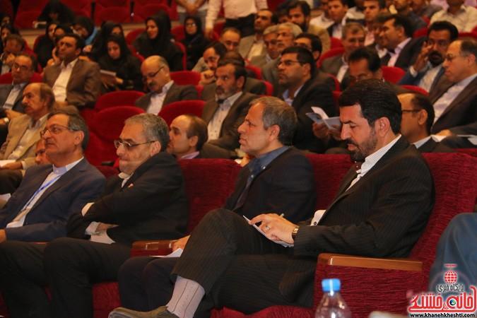 چهارمین کنگره ملی هیدروپونیک و تولیدات گلخانه ای در دانشگاه ولیعصر(عج) رفسنجان (۸)