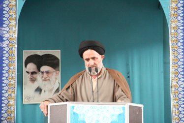 راه برون رفت از مشکلات کشور عمل به وصیت نامه سیاسی و الهی امام راحل است