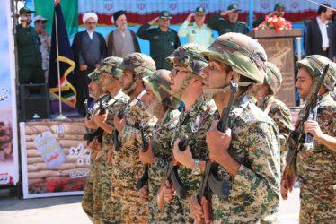 نمایش قدرت نیروهای مسلح رفسنجان در آغازین روز از هفته دفاع مقدس / تصاویر