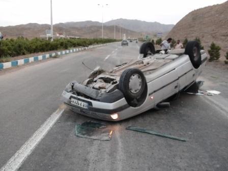 کشته و زخمی شدن 15 تبعه افغانی در واژگونی پژو در رفسنجان / عکس