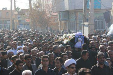 پیکر حجت الاسلام پور محمدی در رفسنجان تشییع و خاکسپاری شد / عکس