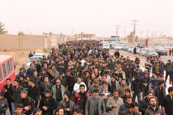 پیاده روی اربعین حسینی رهپویان کربلا در رفسنجان برگزار شد / تصاویر