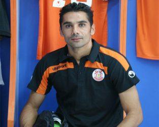 علی علیزاده مهمان برنامه عصر ورزش