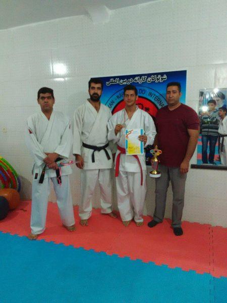 کسب کاپ سوم تیم کاراته رفسنجان در مسابقات بین باشگاههای استان